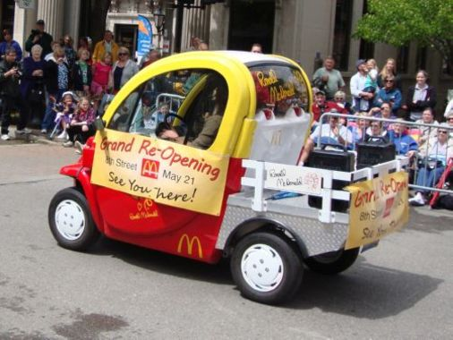 Tulip Time Parade